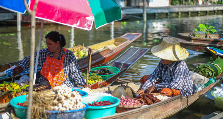 offbeat floating market tour video