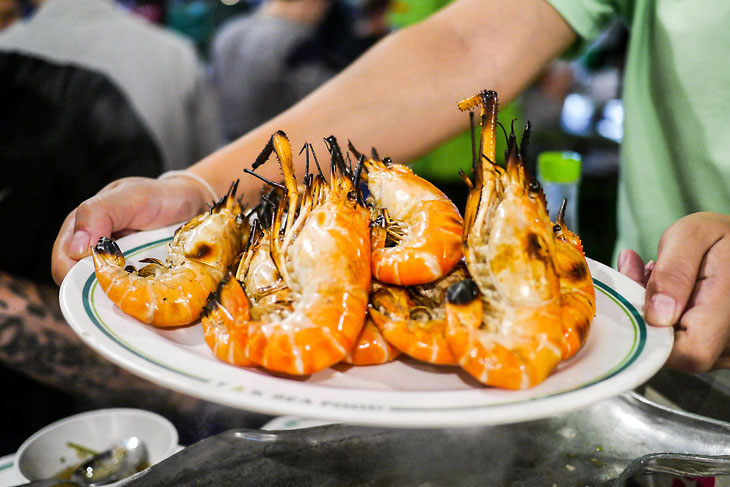 Newly grilled prawn at Chinatown, Bangkok