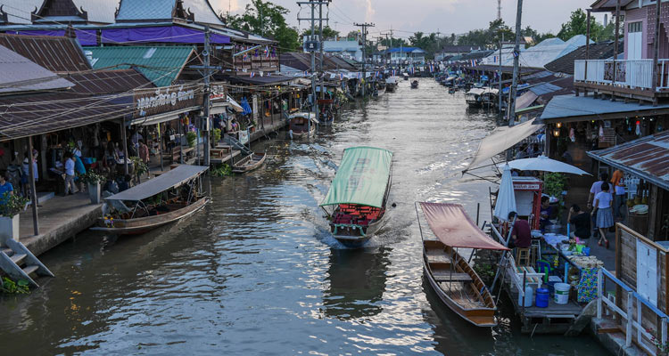 View of the floating market