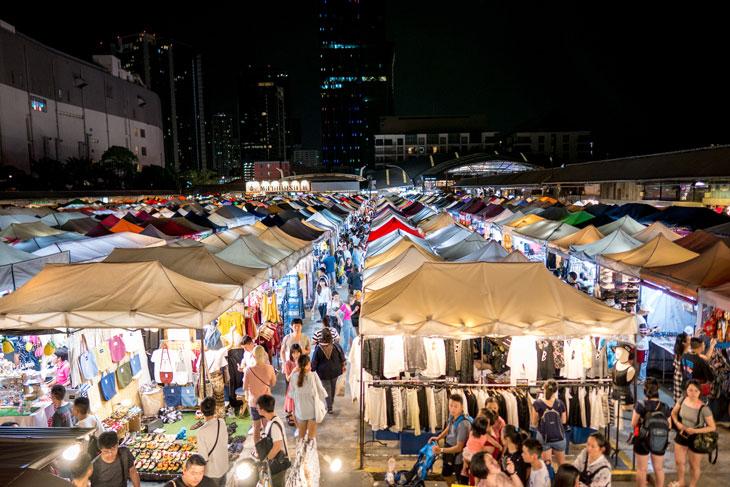 Train Market/ Talad Rod Fai, Ratchada, Bangkok, Thailand