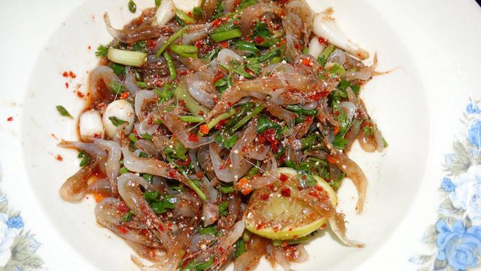 Dancing (live) shrimps | Bangkok Bizarre Food | Bangkok Food Tours