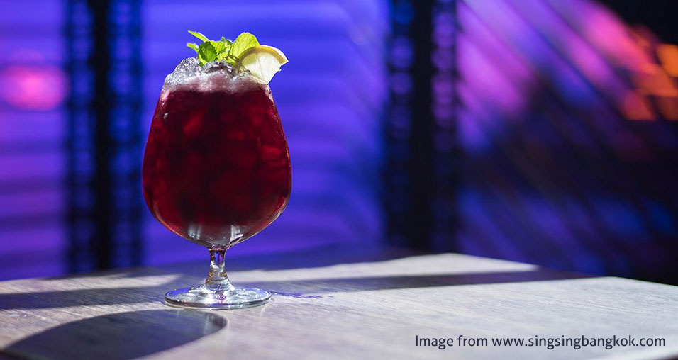 Sing Sing Theatre drink | Exotic Bars in Bangkok | Bangkok Food Tours