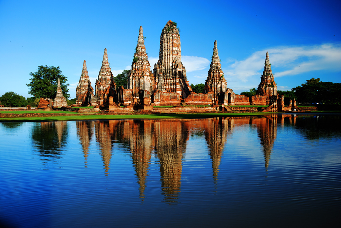 Wat Chai Wattanaram in Ayutthaha Historical Park   train trips from Bangkok   Bangkok Food Tours