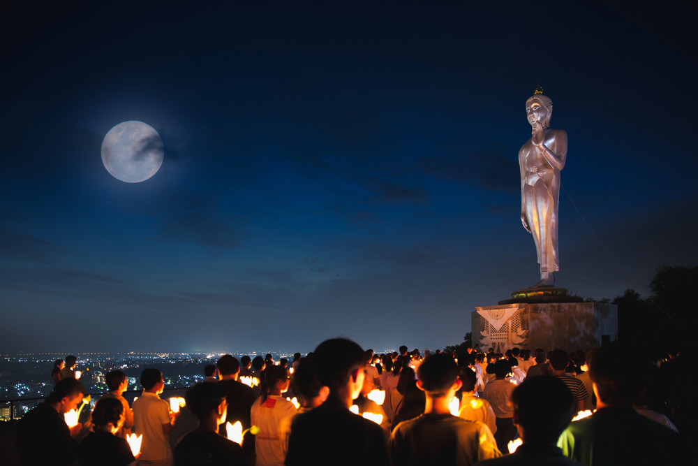 Where to Experience Makha Bucha Celebrations? - Bangkok Food Tours