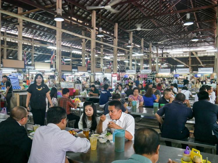 Nang Lerng Market's food court - Bangkok Food Tours