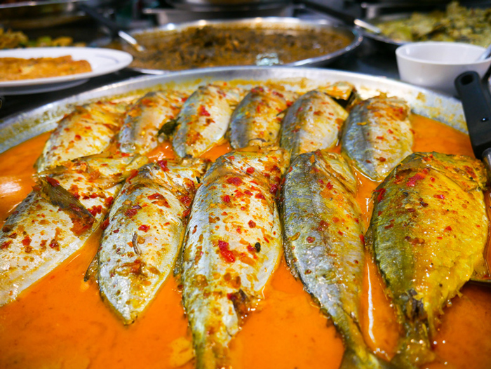 Mackerel in curry at Or Tor Kor Market | Bangkok fresh markets | Bangkok Food Tours