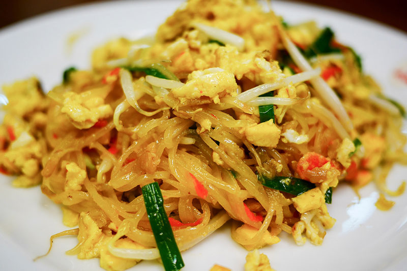 Midnight Tuk Tuk tour & Pad Thai | Bangkok night tours | Bangkok Food Tours
