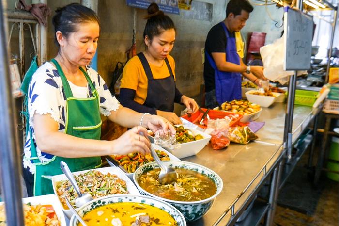 Wang Lang Market – The Best Street Food Market in Bangkok