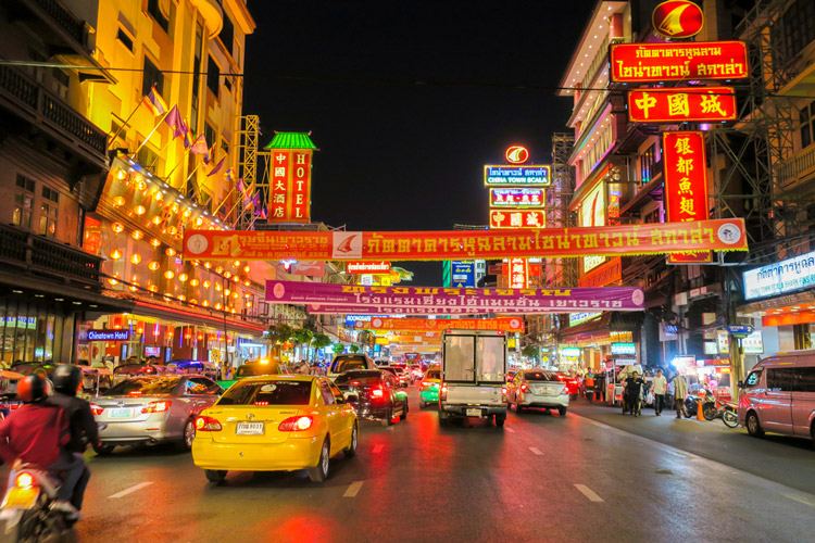 Chinatown at night | Chinese New Year in Bangkok | Bangkok Food Tours
