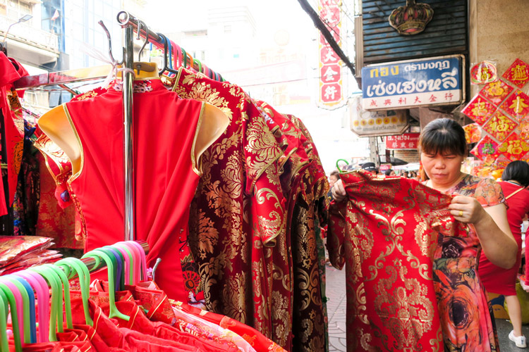 Qi pao shopping | Chinese New Year in Bangkok | Bangkok Food Tours