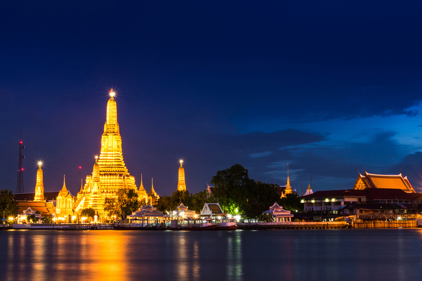 Wat Arun Temple | Things to do in Bangkok at night | Bangkok Food Tours